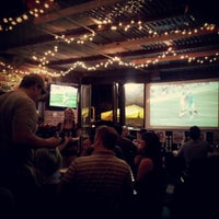 Снимок сделан в Saint Dane's Bar & Grille пользователем Kaleb F. 9/21/2012