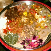 Photo prise au Ras Dashen Ethiopian Restaurant par Liz P. le1/27/2013