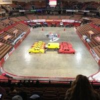รูปภาพถ่ายที่ SNHU Arena โดย David W. เมื่อ 1/4/2013