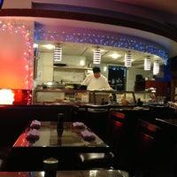 11/27/2012 tarihinde Pocohantusziyaretçi tarafından Planet Sushi'de çekilen fotoğraf