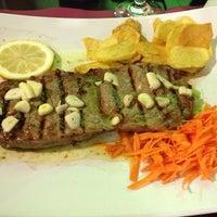 Foto tirada no(a) Restaurante O Fumeiro por Catia L. em 2/23/2013