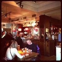 Das Foto wurde bei The Bridge House von Will B. am 12/2/2012 aufgenommen