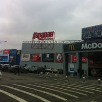 Das Foto wurde bei ТРЦ «Караван» / Karavan Mall von Bogdan am 11/29/2012 aufgenommen