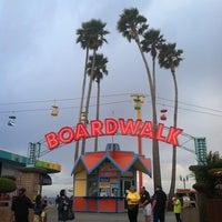 4/1/2013 tarihinde Erica C.ziyaretçi tarafından Santa Cruz Beach Boardwalk'de çekilen fotoğraf