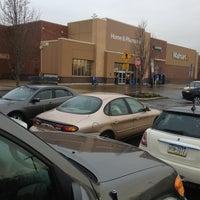 Foto scattata a Walmart Supercenter da Mark il 1/11/2013