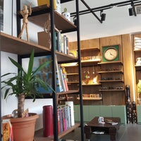 Photo prise au Origin Coffee&Shop par Hatice Ç. le8/14/2018