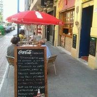 Photo prise au Bar Taurino Tematico par Francisco E. le7/15/2014