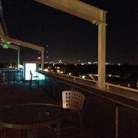 Das Foto wurde bei Moonrise Hotel von Camille S. am 10/26/2013 aufgenommen