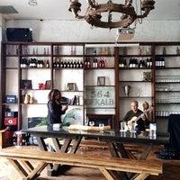 4/19/2015에 Ryan M.님이 Dekalb Restaurant에서 찍은 사진