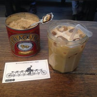 Foto scattata a TAP Coffee No. 193 da kaeun y. il 10/16/2013