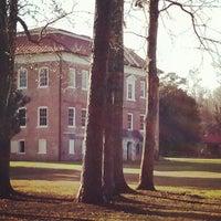 รูปภาพถ่ายที่ Drayton Hall โดย Michael L. เมื่อ 1/27/2013