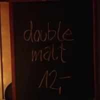 Das Foto wurde bei Toast Bar von Till W. am 3/12/2013 aufgenommen