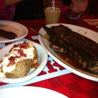 Foto tirada no(a) Enzo SteakHouse por Talita Marques M. em 5/11/2013