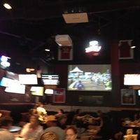 Foto tomada en Buffalo Wild Wings por Noreen P. el 12/1/2012