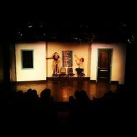 Снимок сделан в Magnet Theater пользователем Chris 7/12/2013