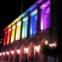 Foto scattata a War Memorial Opera House da Ed V. il 4/13/2013