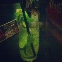 รูปภาพถ่ายที่ Beer Bamboo โดย Ana R. เมื่อ 12/20/2013