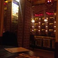 10/15/2012 tarihinde Pasha B.ziyaretçi tarafından Shisha Lounge Habibi'de çekilen fotoğraf