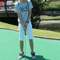 Das Foto wurde bei 76 Golf World von Rommel D. am 4/6/2013 aufgenommen