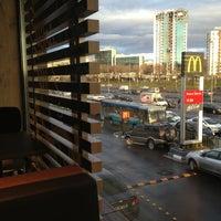 Foto scattata a McDonald's da Yvz Fth S. il 1/19/2013