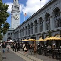 รูปภาพถ่ายที่ Ferry Plaza Farmers Market โดย Jack A. เมื่อ 8/8/2013