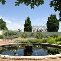 Foto tirada no(a) Denver Botanic Gardens por Gregory J. em 7/5/2013