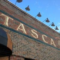 Foto scattata a Tasca Spanish Tapas Restaurant & Bar da Eric A. il 6/30/2013