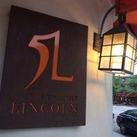 Das Foto wurde bei 51 Lincoln von Eric A. am 7/2/2014 aufgenommen