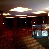 รูปภาพถ่ายที่ Hilton โดย Myriam R. เมื่อ 1/25/2013