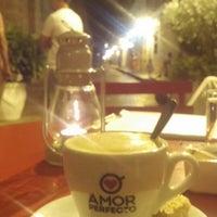 Das Foto wurde bei EL BARÓN - Café & Liquor Bar von Yeison R. am 2/20/2015 aufgenommen