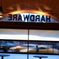 3/6/2013にRoger N.がHardware Barで撮った写真