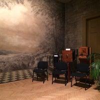 รูปภาพถ่ายที่ Mai Manó Gallery and Bookshop โดย Marco B. เมื่อ 2/15/2014