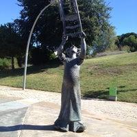 รูปภาพถ่ายที่ Jardins de Joan Brossa โดย Sofía C. เมื่อ 9/30/2012