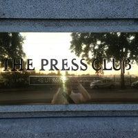 Foto tirada no(a) The Press Club por Roberto F. em 1/2/2013