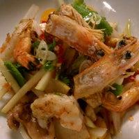 Foto tomada en SPIN Modern Thai Cuisine por Anna N. el 6/29/2013