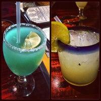รูปภาพถ่ายที่ Iron Cactus Mexican Restaurant and Margarita Bar โดย Miku K. เมื่อ 6/26/2013