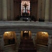 Das Foto wurde bei Tombeau de Napoléon von Jamilia am 12/9/2012 aufgenommen