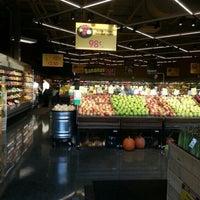 Photo prise au Mariano's Fresh Market par Tim C. le9/29/2012