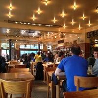5/3/2013 tarihinde Yanitaziyaretçi tarafından Café Belga'de çekilen fotoğraf