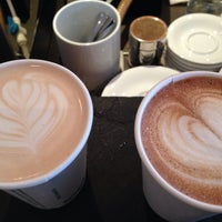 Foto tomada en Transcend Coffee por Amanda K. el 4/17/2014
