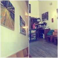 5/13/2013 tarihinde Lisa ליסה M.ziyaretçi tarafından bagel, coffee & culture'de çekilen fotoğraf