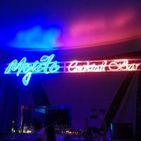รูปภาพถ่ายที่ Mojito Lounge & Club โดย Barış U. เมื่อ 7/29/2013