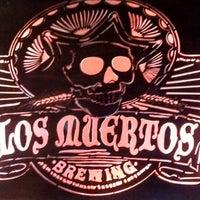 รูปภาพถ่ายที่ Los Muertos Brewing โดย Miguel V. เมื่อ 10/10/2013