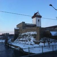 Снимок сделан в Пограничный пункт Нарва пользователем Viktoriya O. 3/8/2013