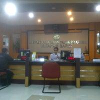 Foto scattata a Kantor Pelayanan Pajak Pratama Mataram Barat da SUPRIYANTHO K. il 3/9/2015