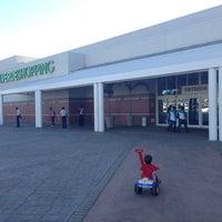 Foto tomada en Via Verde Shopping por Adm. Marcos C. el 2/18/2013