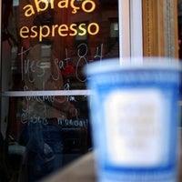รูปภาพถ่ายที่ Abraço โดย David C. เมื่อ 10/14/2012