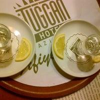 Das Foto wurde bei Tuğcan Hotel von Glş am 1/26/2013 aufgenommen