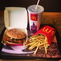 Foto scattata a McDonald's da Mr.White✌ il 5/9/2013