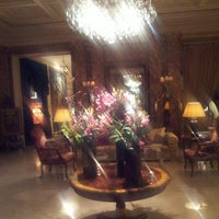 Foto diambil di Hôtel Westminster oleh Draculessa pada 3/25/2013